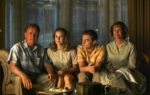 catch-me-if-you-can-martin-sheen-family-leonardo-dicaprio